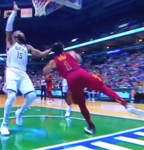 Derrick Rose sprains ankle; should it have been a flagrantfoul?(watch)