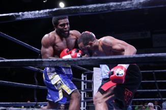Dirrell vs Douglin_11_17_2017_Fight_Silvia Jones _ Premier Boxing Champions7